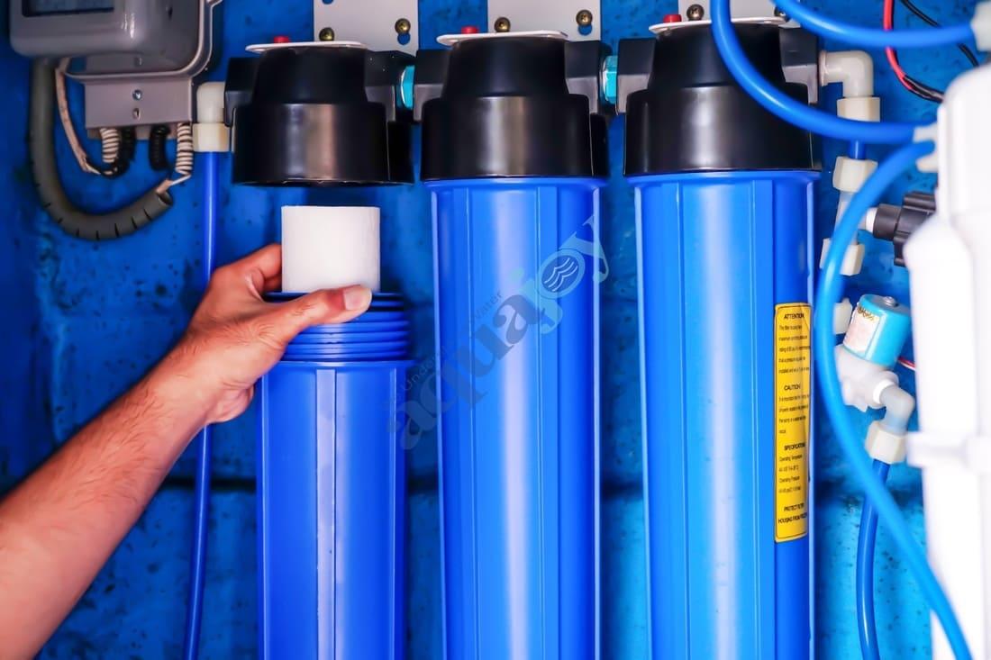 تصفیه آب نیمه صنعتی آکواجوی